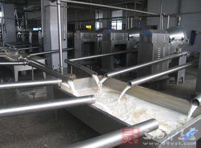 生产现场脏乱差 杭州一家豆制品企业被责停