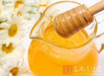 蜂蜜的功效与作用 这两大人群不宜饮用