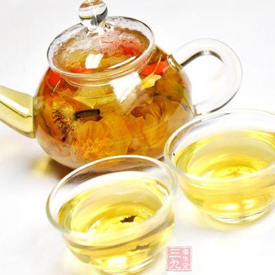 百合花茶搭配    【百合洋参茶】   材料:干百合5朵,西洋参1克,枸