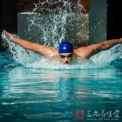 澳大利亚游泳总教练保持沉默 专注比赛但立场未变 游泳 新浪竞技