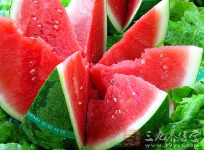 晚上吃拔罐胖西瓜v拔罐的三个要不得现在的西瓜瘦身可靠吗图片