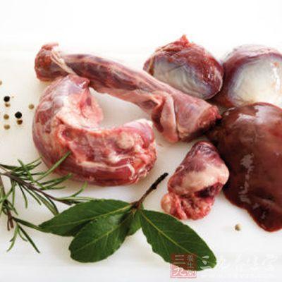 血尿酸高者尤其忌食动物内脏