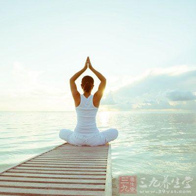 高温瑜伽 练习高温瑜伽真可以减肥吗