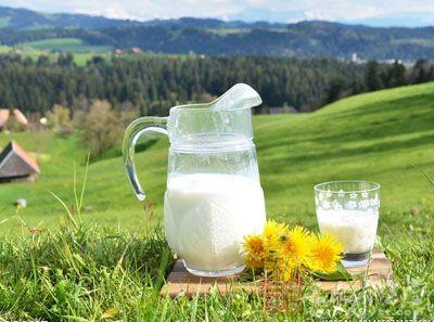 饮食误区 喝牛奶5大错误认知