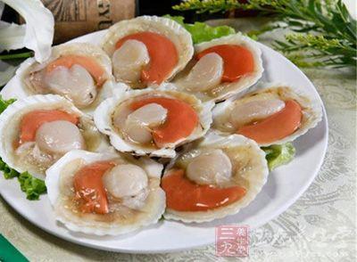 扇贝是扇贝属的双壳类软体动物的代称
