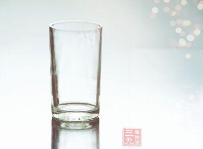 塑料水杯什么材质好_喝茶用什么材质的杯子最好 喝茶材质杯子生活