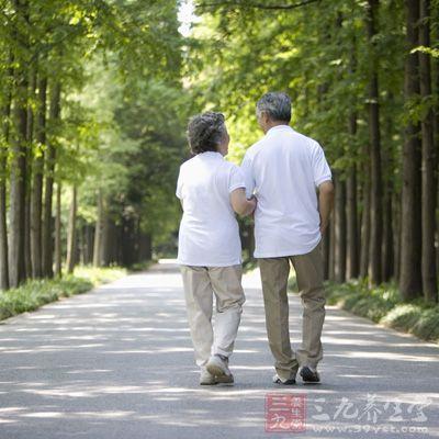 中老年人出现不明原因的肢痛、腰背痛