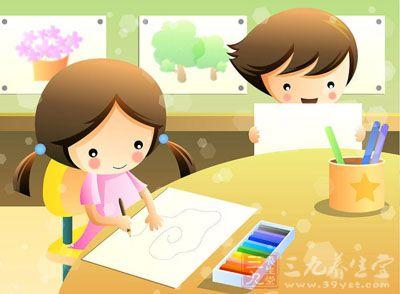 进入幼儿园,要独自吃饭,睡觉,简单的洗漱