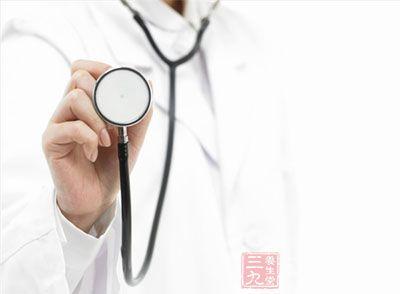 发病年龄最早在出生后数天至数周,最晚10岁