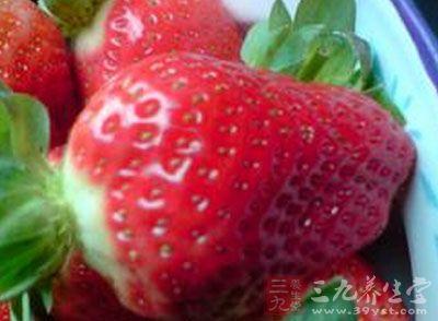 对于肝火旺盛的人来说,草莓既能养肝,又是去肝火的高手