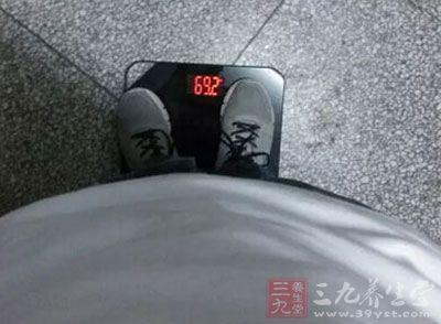 不注意体重