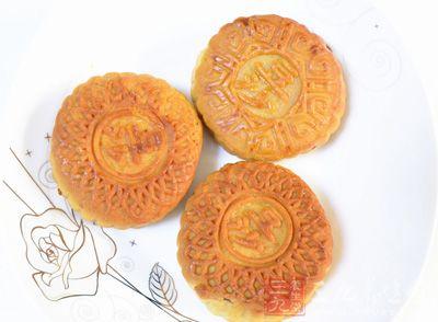 """五仁月饼""""杀""""回市场第二 成都人最爱鲜花饼"""