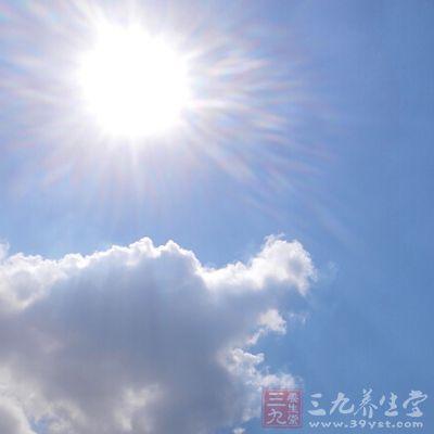 晒太阳可以提高免疫力,有效预防骨质疏松