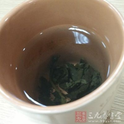 绿茶有助于延缓衰老、抑制心血管疾病、预防和抗癌