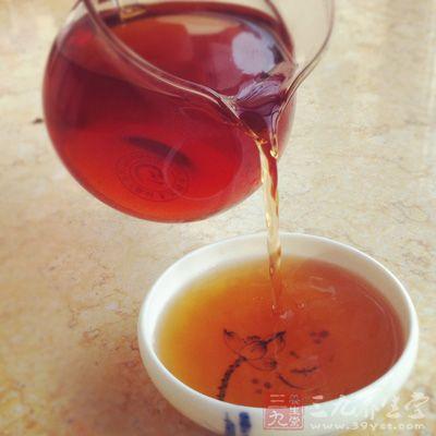 熟普具有温和的茶性,可以暖胃,茶水呈红色,柔顺,醇香浓郁