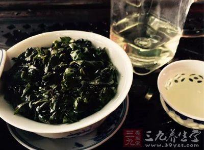 优质的普洱茶滋味浓醇、滑顺、润喉、回甘,舌根生津