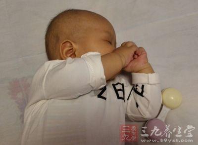 婴儿感冒 怎样治疗护理婴儿感冒