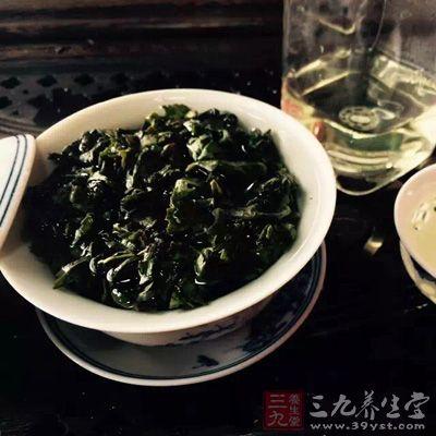 空腹喝茶可稀释胃液