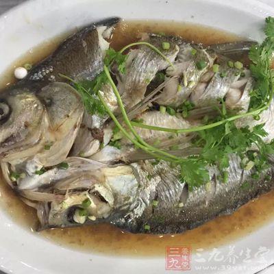 男人吃鱼肉有助减肥还对智力好