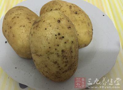 """马铃薯变了""""脸""""千万不可再食用"""
