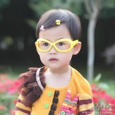 小孩发烧手脚冰凉 这一方法会让孩子受伤(2)