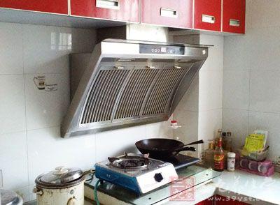 厨房用它做饭一生富不起来