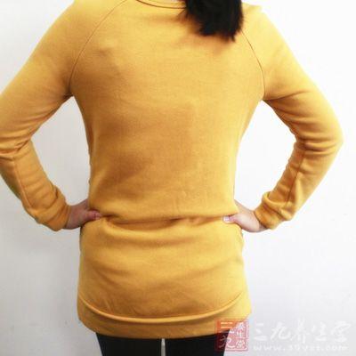 也能使腰部減肥并纖細.具體手法,同按摩腰部帶脈相同.