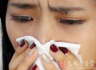 感冒 打喷嚏 不舒服 擤鼻涕45465