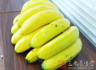 香蕉蜂蜜保湿滋润面膜