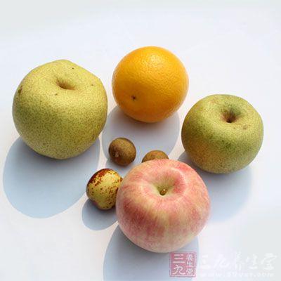 多吃新鲜水果食用菌等食物
