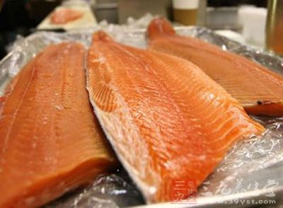 转基因三文鱼获准入市