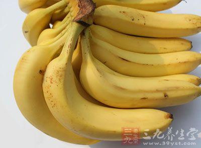 香蕉2个冰糖适量