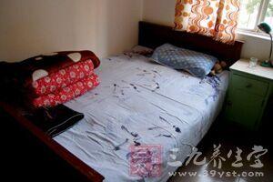床本身的长宽