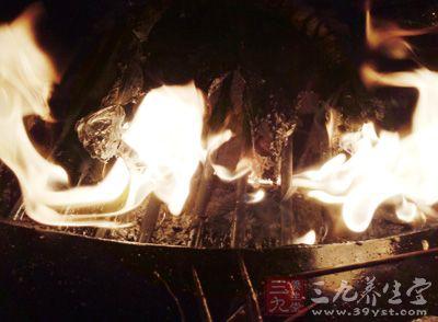 我们要先明白为何冬季容易上火