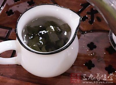 刚开始尝试喝普洱茶减肥的小伙伴建议在饭后半小时左右饮用