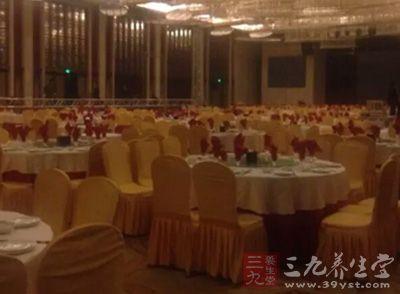 中餐礼仪,餐桌礼仪,中餐座位礼仪中餐礼仪图片