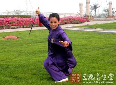 杨式太极拳的起源与特点