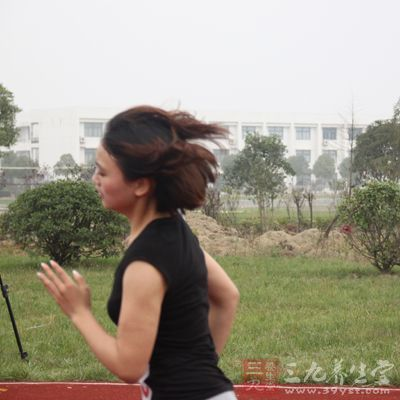 运动前尽量活动开身体