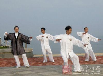杨式太极拳 练习太极拳拳理的基本点是松
