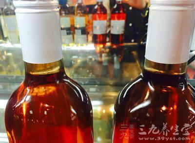威士忌、白兰地、香槟的区别是什么?