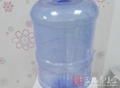 饮用水水桶也有保质期