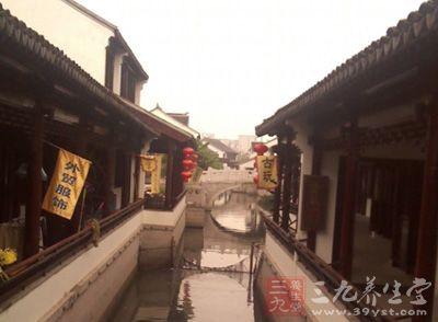 在江南,古镇是一抓一大把的