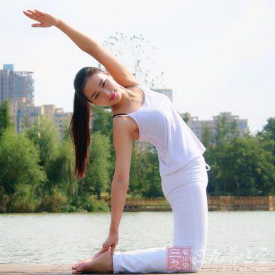 塑身瑜伽 练几式瑜伽让你的形体更加优美