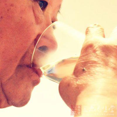 老人便秘 教你如何调理老年人便秘(2)