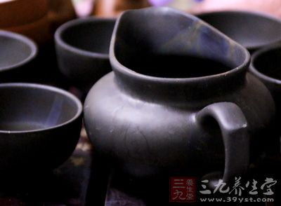 出茶的方式种类大体相同、有朝鲜固有的儒家特色