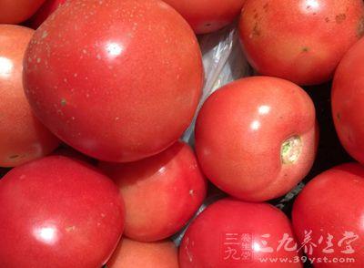 老人受慢性腹泻折磨50年 是对大米西红柿过敏