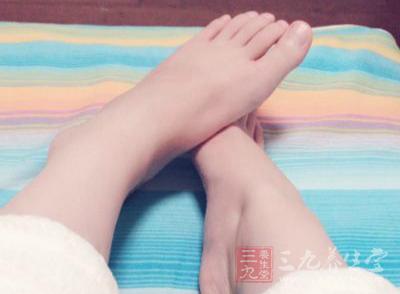 足疗和脚底按摩都有着不错的养生效果