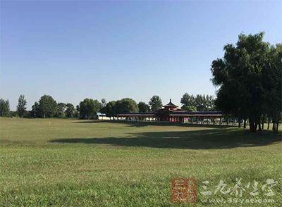 华彬庄园位于北京市昌平区,占地6400亩