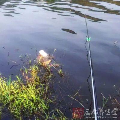 该钓场为海上养鱼塘类钓场