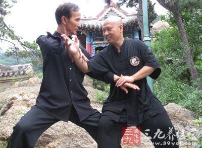 太极拳视频 如何练习太极八卦掌的要点